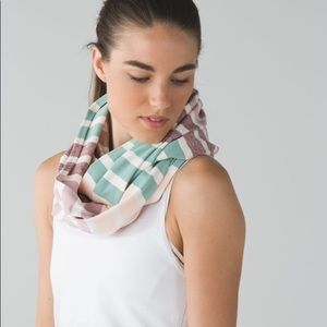 lululemon striped vinyasa scarf